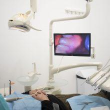 Implantes dentales, ¿en qué consisten los cuidados una vez colocados?