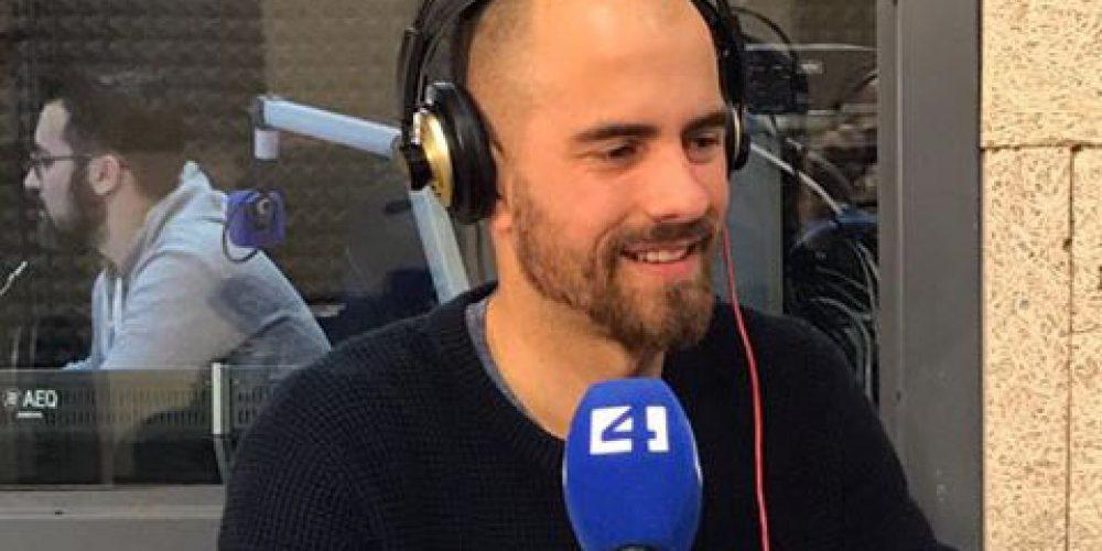Participación en programa de radio